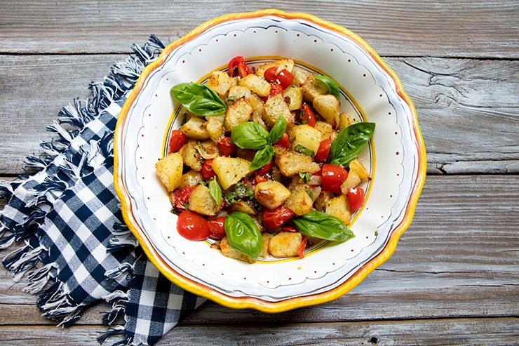 Italian food forever those who eat well eat italian potatoes with tomatoes and basil featured recipe forumfinder Gallery