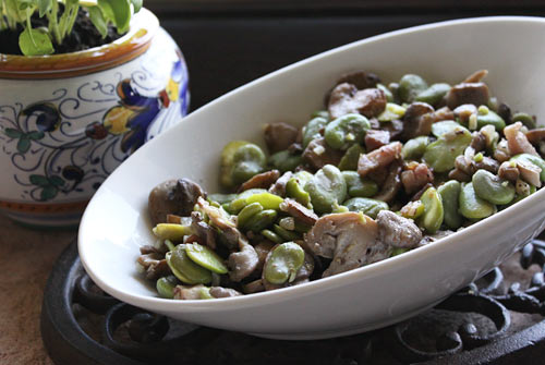 A hearty side dish that goes well with grilled or roasted meat and poultry.