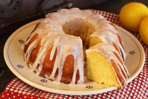 A light, very moist cake with an intense lemon flavor.