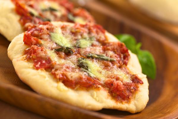 mini italian pizza