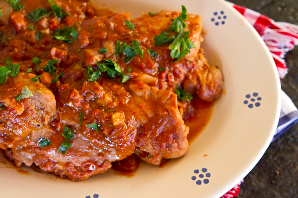 Chicken thighs with pancetta tomatoes italian food forever chickeninpan3 forumfinder Image collections