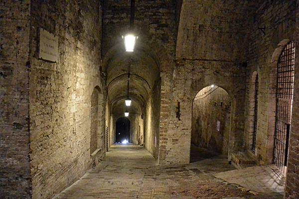cavesperugia