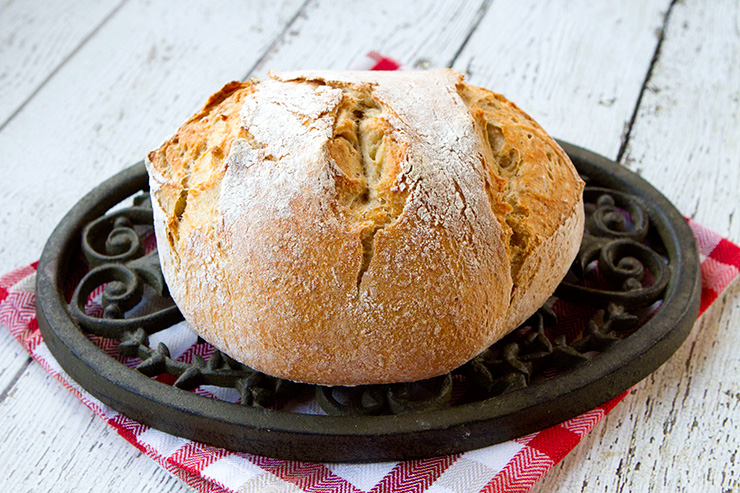Baking The Bread In A Cast Iron Or Terra Cotta Covered Casserole This Process Creates A Great Chewy Crust And A Soft Crumb Which Is Just The Kind Of