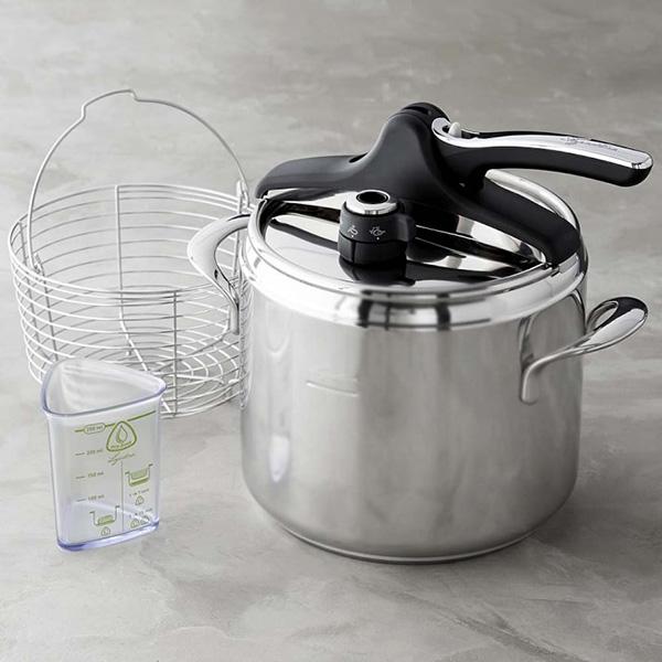lagostina-pressure-cooker-with-steamer-basket-o