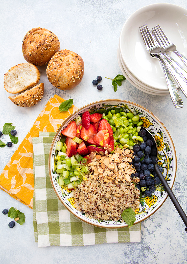 Quinoa, Berry, & Spinach Salad With Honey Poppy Seed ...