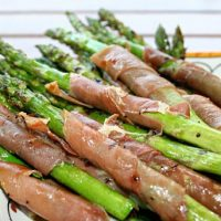 Grilled Aspragus Wrapped In Prosciutto