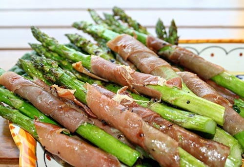 A tasty twist on grilled asparagus.