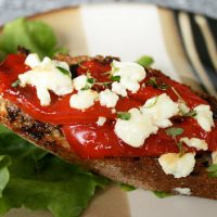 Roasted Pepper And Goat Cheese Bruschetta