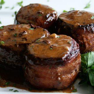 Pork Tenderloin In Garlic Sauce