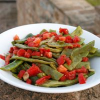 Green Beans With Garlic & Fresh Tomatoes