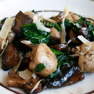 Mushroom Gnocchi With Sauteed Spinach & Mushroom Topping