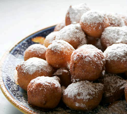 During the celebration of Carnevale, there are many delicious specialities consumed, some of them fried tidbits such as these light as air Fried Ricotta Puffs, or fritters.