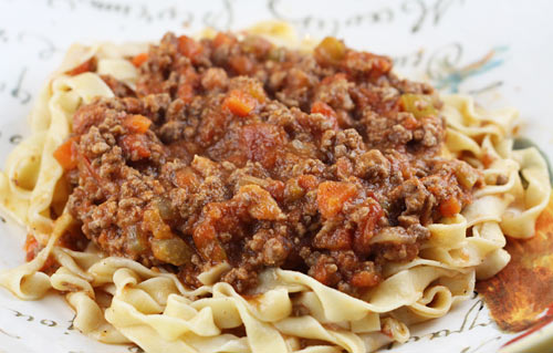 A very traditional recipe for Ragù alla Bolognese.