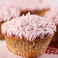Stawberry Cupcakes With Strawberry Cream Cheese Frosting