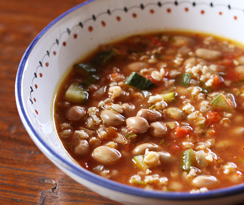A very high fiber, healthy bowl of soup that tastes delicious too!