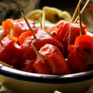 Pecorino Roasted Pepper Rolls