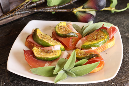The sweet taste of fresh figs pairs perfectly with salty prosciutto in this easy appetizer.