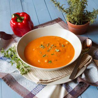 Roasted Red Pepper & Chickpea Soup