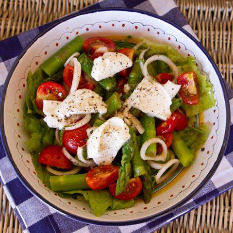 Asparagus, Cherry Tomato & Mozzarella Salad