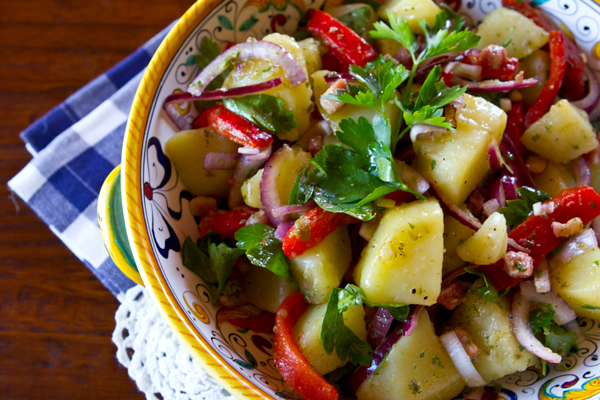 A red wine vinegar dressing replaces mayonnaise in this potato salad with an Italian twist.