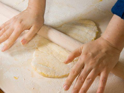 How long to cook lasagna using fresh pasta sheets