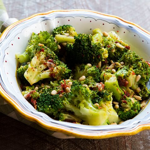 Sauteed Broccoli With Garlic & Sun Dried Tomato
