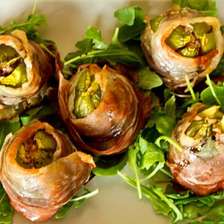 Prosciutto Wrapped Stuffed Summer Figs