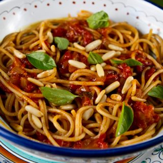 How To Make Garden Fresh Tomato Sauce Step by Step