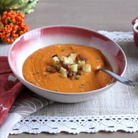 Creamy Roasted Red Pepper & Cauliflower Soup