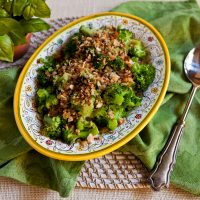 Broccoli With Anchovies & Garlicky Breadcrumbs