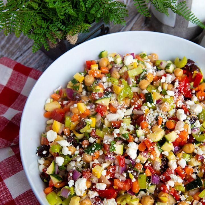 Raw Chopped Veggie Salad With Chickpeas
