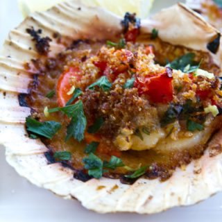 Scallops With Tomatoes & Breadcrumbs