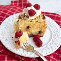 Raspberry Cake With Almond Streusel