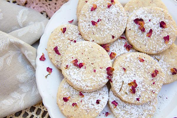 Rose Petal Amp Vanilla Bean Shortbread Cookies Italian