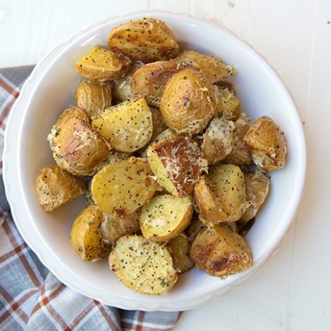 Cacio e Pepe Roasted Potatoes