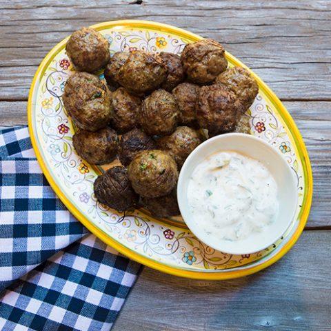 Grilled Lamb Meatballs With Yogurt Sauce