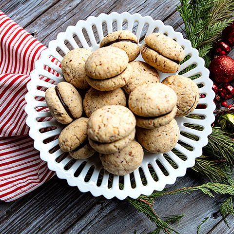Baci di Dama - Lady's Kiss Cookies