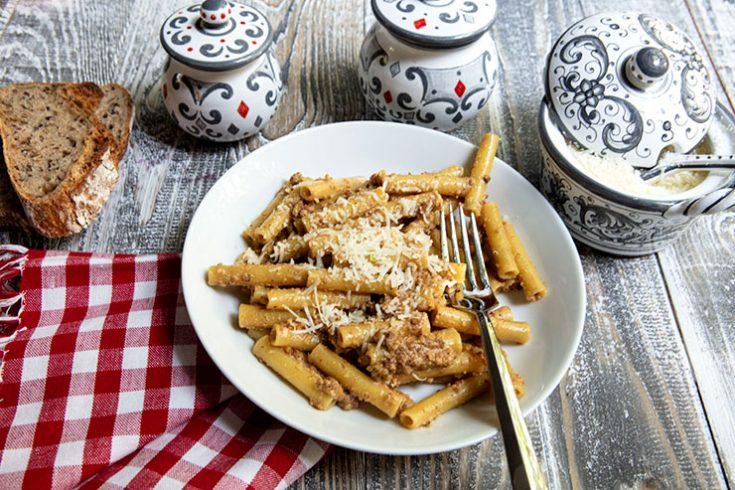 A unique pasta dish flavored withy walnut pesto and vincotto.
