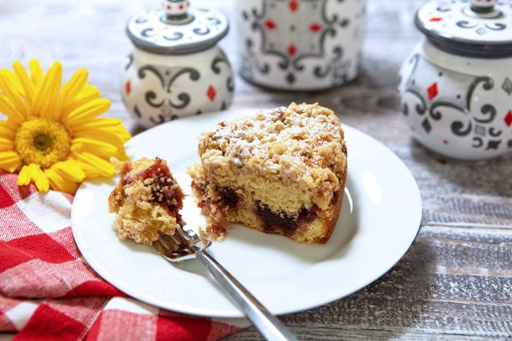 A tender yet crumbly rustic cake with a sweet jam center.