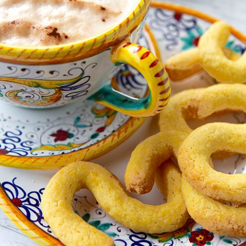Bussola Cookies From Burano {Venetian Butter Cookies}
