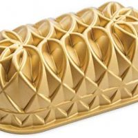 Nordic Ware 82677 Jubilee Cast Loaf Pan, 6 Cup Capacity, Gold