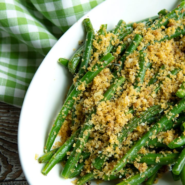 Crisp Green Beans With Anchovy Garlic Crumb Topping