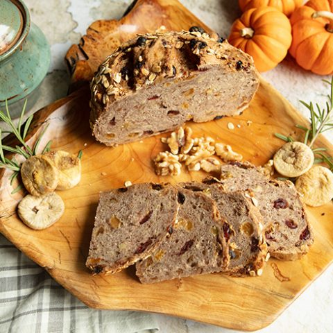 Holiday Dried Fruit & Oat Bread