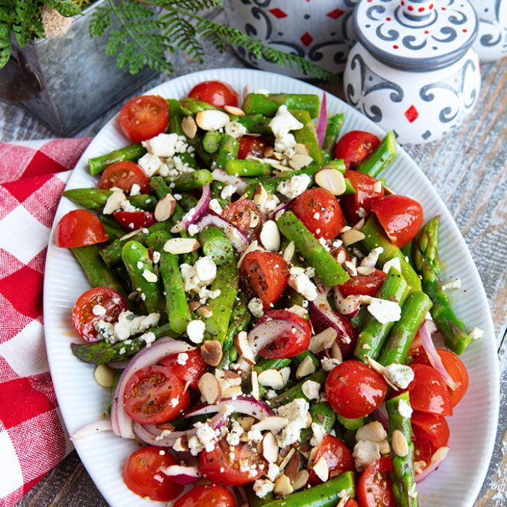 Asparagus Salad With Tomatoes & Gorgonzola